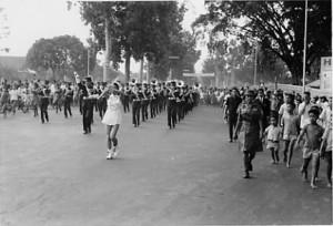 バンドン市内パレード