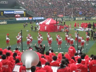 チアは大阪学院大・同付属高、その名もフェニックス!